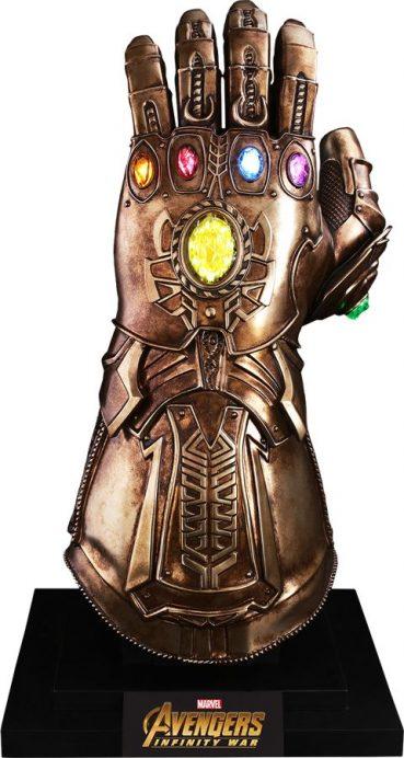 Avengers Infinity War Infinity Gauntlet Life Size Hot