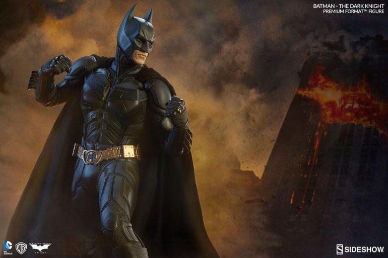 batman-the-dark-knight-batman-sideshow-collectibles-statue1