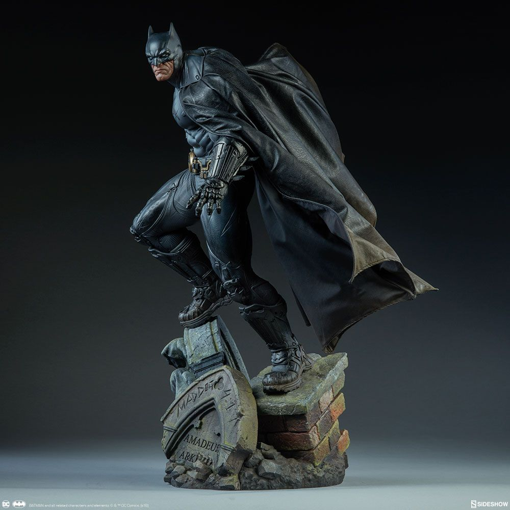 Tall City Delivery >> DC Comics - Batman - Premium Format Figure Sideshow ...