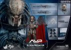 elder-predator-hot-toys-action-figure7