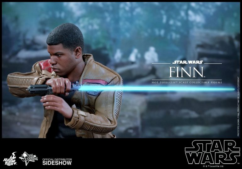 Finn Hot Toys Action Figure