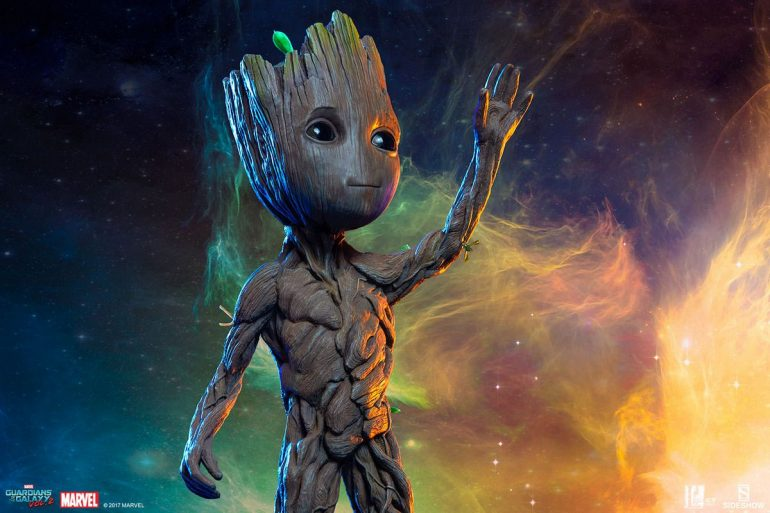 Guardians of the Galaxy Vol 2 - Baby Groot - Life-Size Maquette Sideshow  Collectible