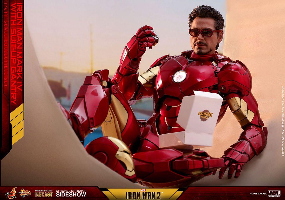 Iron Man 2: Iron Man Mark IV & Suit-up Gantry 1/6 Scale