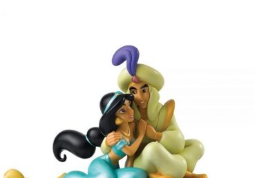 Jasmine and Aladdin - A Whole New World Figurine