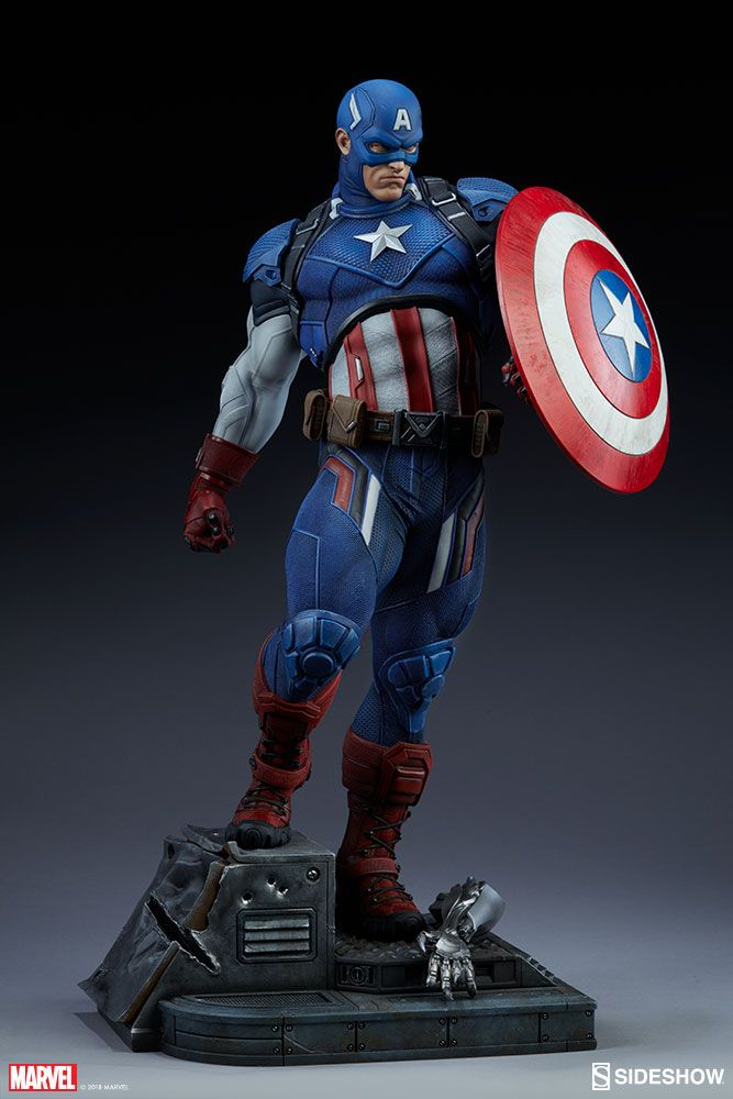 Marvel Comics Captain America Premium Format Figure