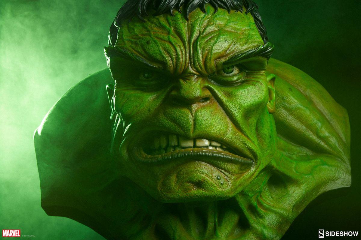 marvel comics the incredible hulk 11 bust sideshow