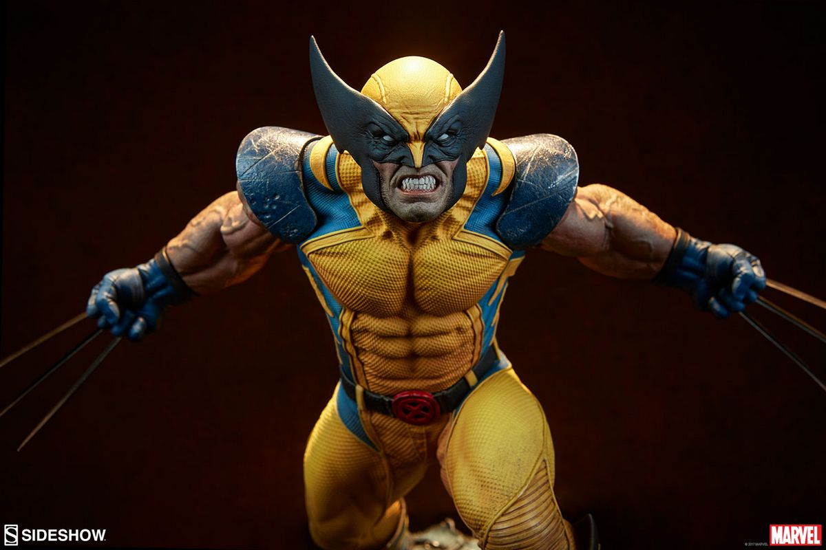 Product Features Marvel Collectible 24 Inch Statue Figure Premium Format - Venom Sideshow