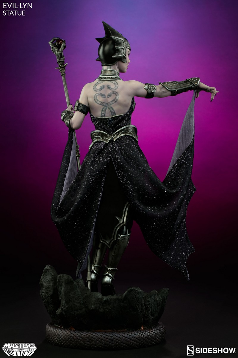 Masters Of The Universe Sideshow Evil-Lyn