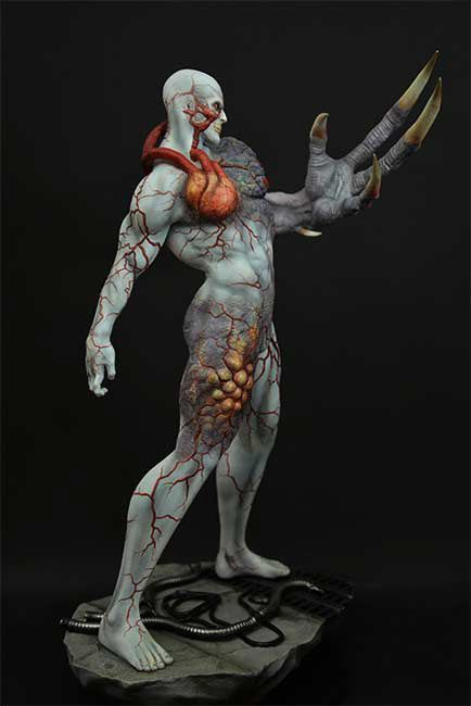Resident Evil Tyrant Statue Movie Mania
