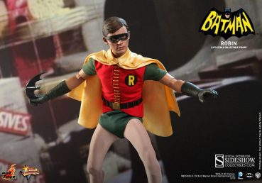 Robin 1966 Hot Toys Action Figure