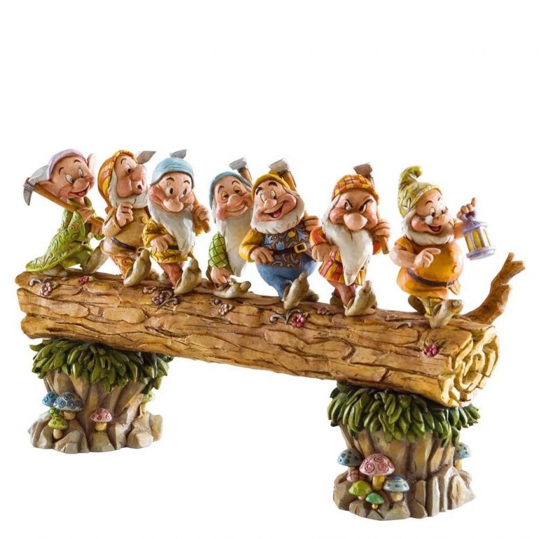 Snow White and the Seven Dwarfs Figurine