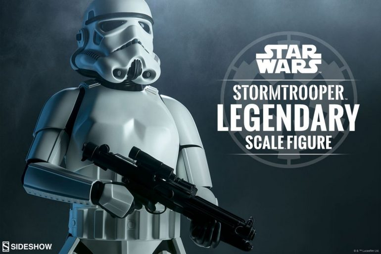 Stormtrooper-Star-Wars-Legendary-Scale-Sideshow-Collectibles-Statue1
