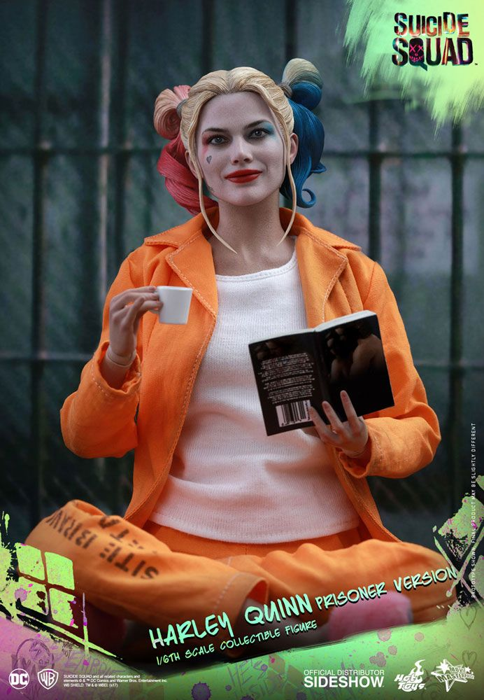 Suicide-Squad-Harley-Quinn-(Prisoner-Version)-16-Scale-Movie-Masterpiece-Hot-Toys-Action-Figure2