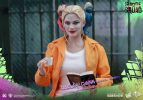 Suicide-Squad-Harley-Quinn-(Prisoner-Version)-16-Scale-Movie-Masterpiece-Hot-Toys-Action-Figure5