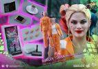 Suicide-Squad-Harley-Quinn-(Prisoner-Version)-16-Scale-Movie-Masterpiece-Hot-Toys-Action-Figure8