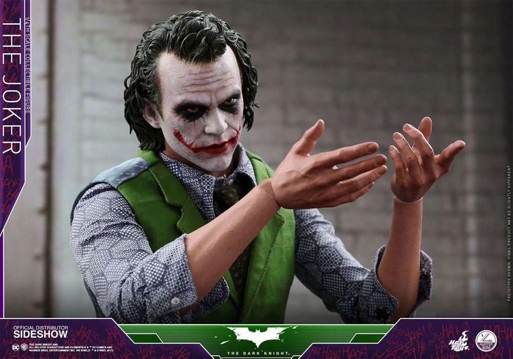 The Dark Knight The Joker Quarter Scale Series Hot Toys