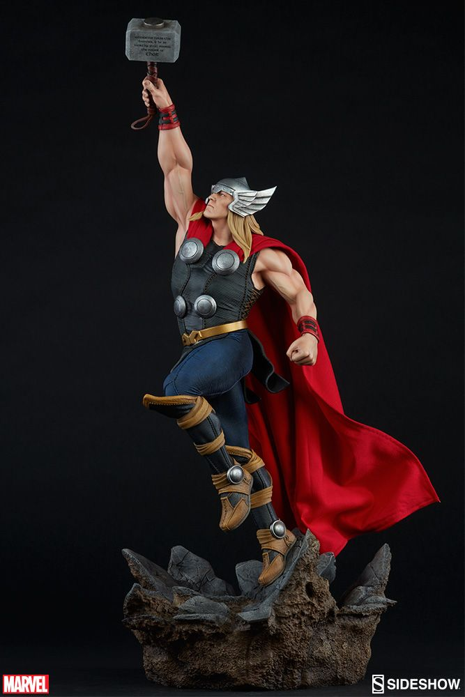 Avengers Assemble Thor Sideshow Collectibles Statue