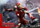 iron-man-mark-xlii-hot-toys-action-figure4